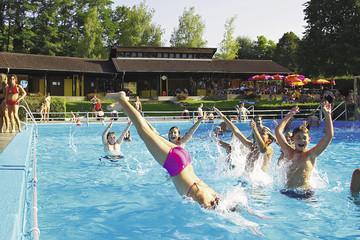 Schwimmbad Oberrotweil-Imagekatalog.jpg